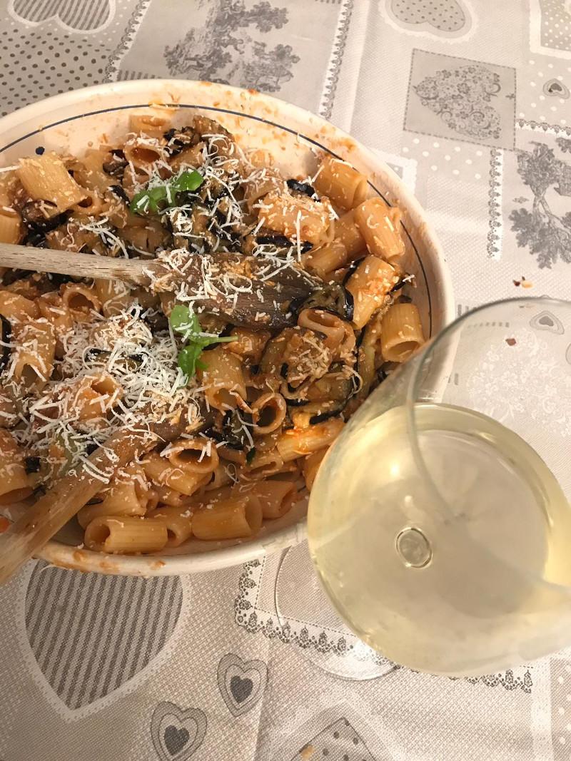 Abbinamento Vino e Pasta alla Norma