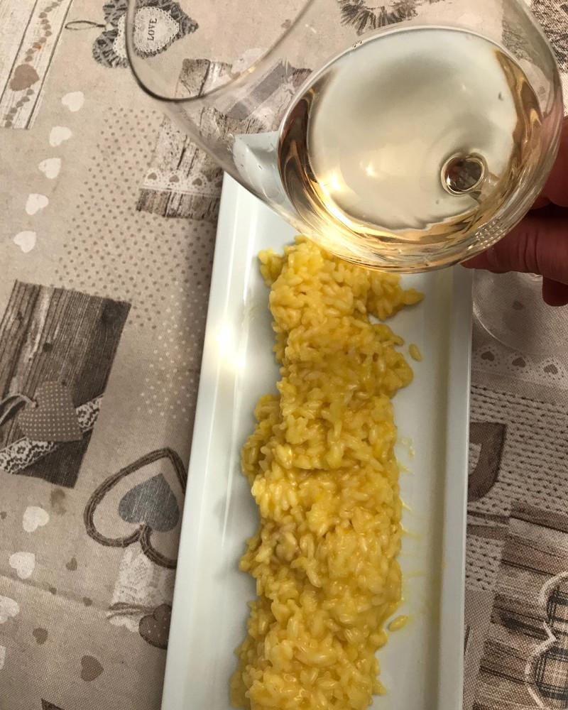 Abbinamento Vino e Risotto alla Milanese