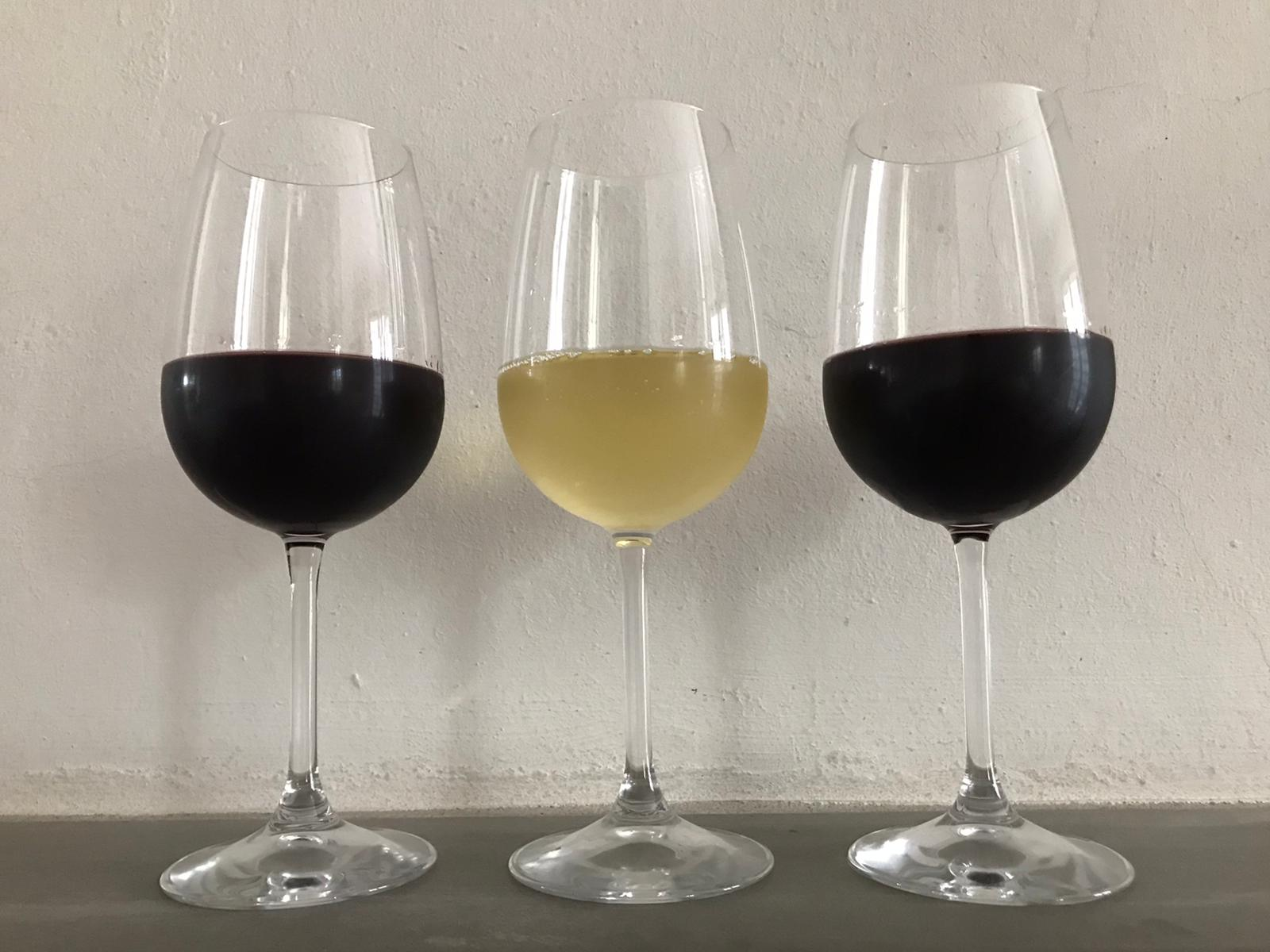 Quanto vino versare in un bicchiere?