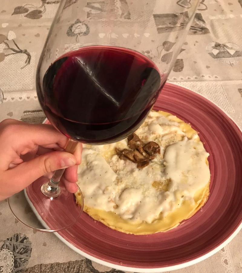 Abbinamento Vino e Crespelle ai Funghi Porcini