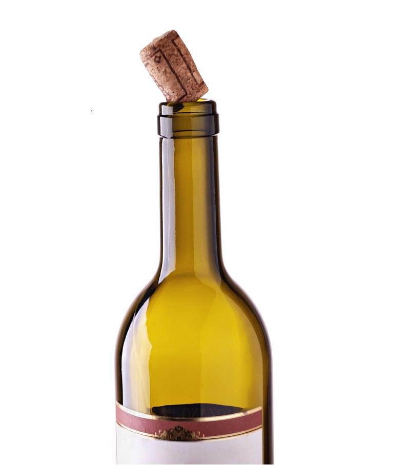 Come conservare una bottiglia di vino aperta