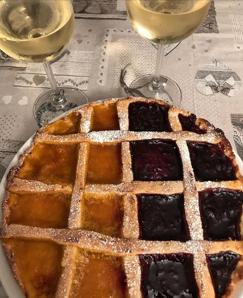 Abbinamento vino e crostata alla marmellata di frutta