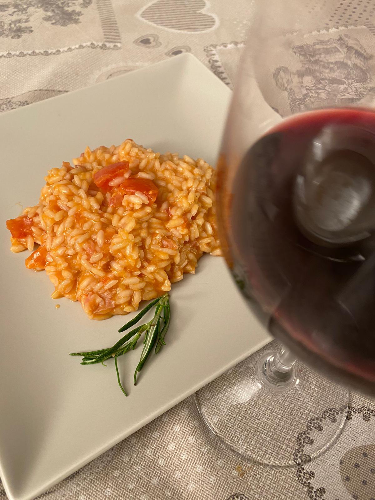 Abbinamento vino e risotto all'amatriciana